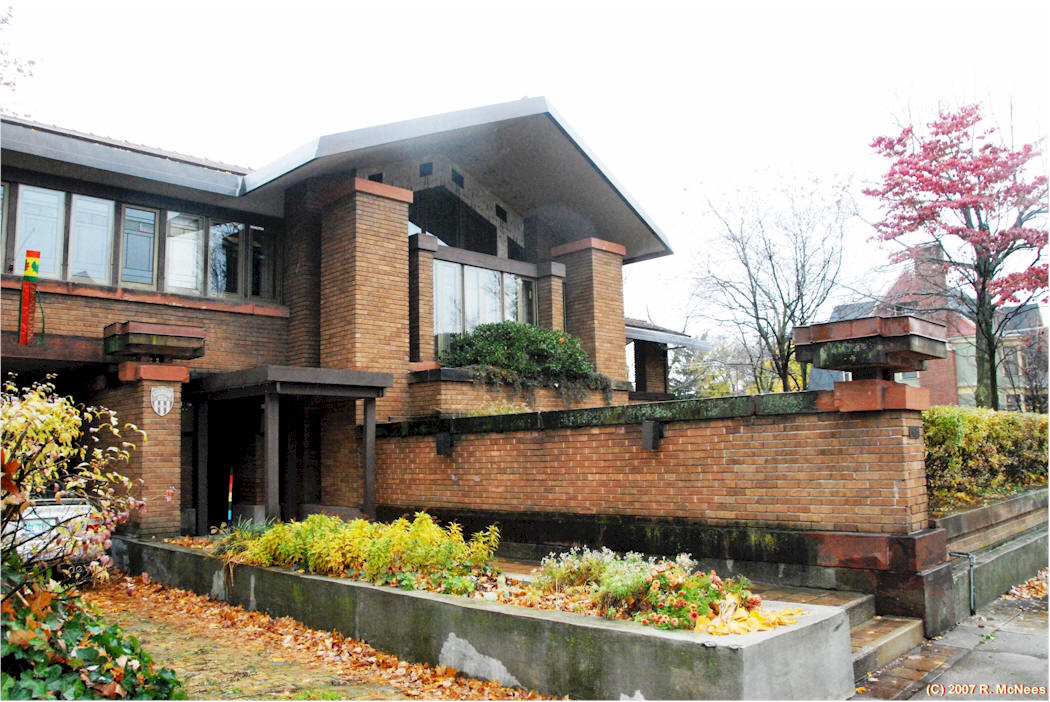 Frank lloyd wright homes in grand rapids michigan for Architects in grand rapids mi