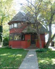 Frank Lloyd Wright's Robert P Parker House - Chicago Avenue Oak Park - 1892