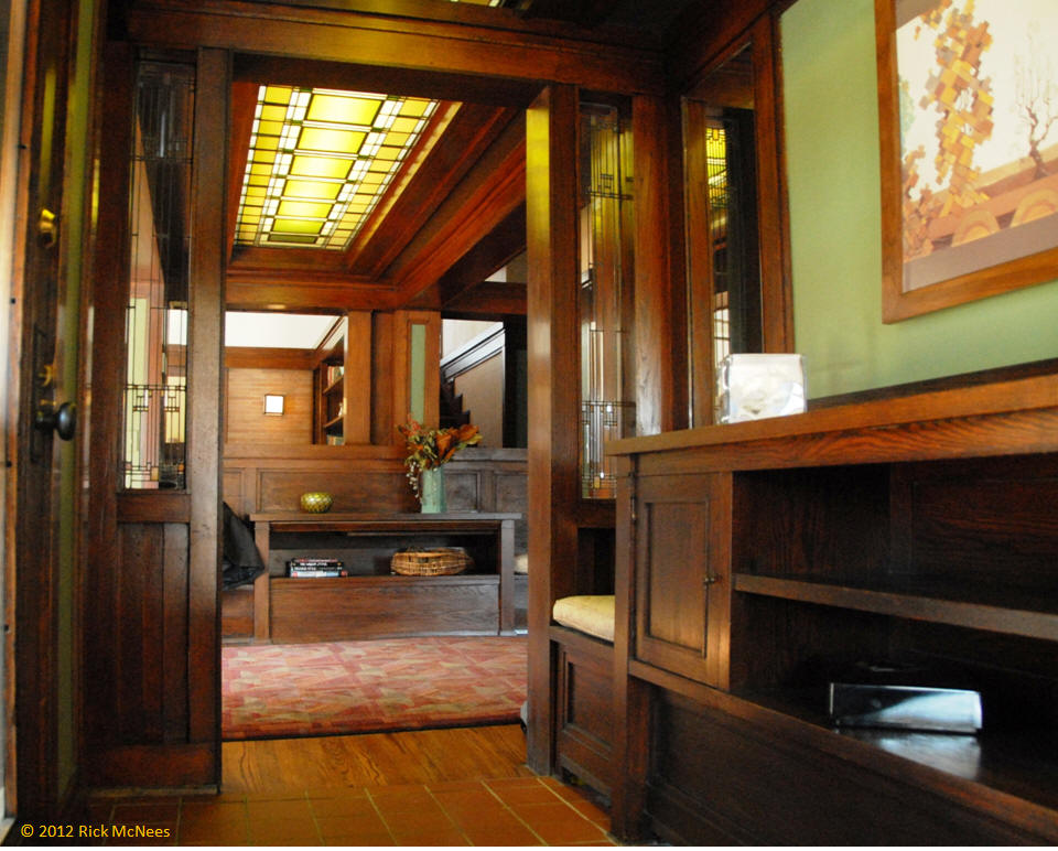 Frank Lloyd Wright and Prairie School Arhictecture in ...